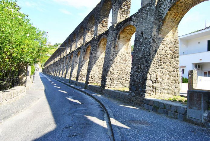 acquedotto dei pilastri ischia