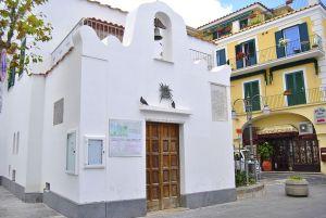 chiesa di san girolamo ischia porto