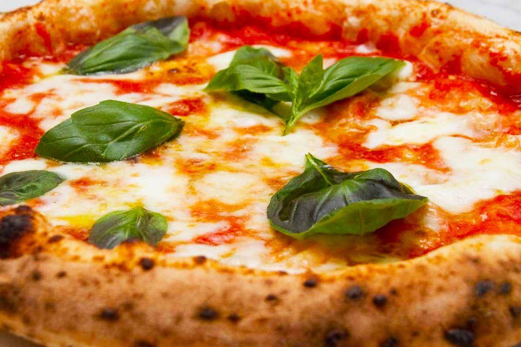 Dove mangiare la Pizza a Ischia? Le Pizzerie Top!
