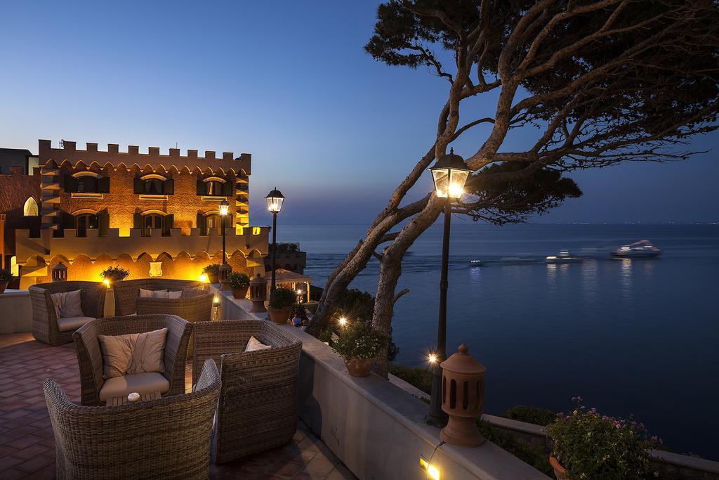 Alberghi Ischia - Hotel Mezzatorre
