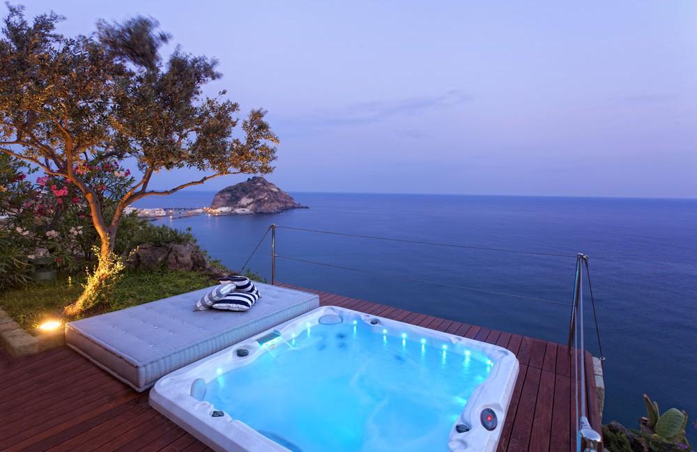 Booking Ischia - Hotel a Serrara Fontana - Info Ischia