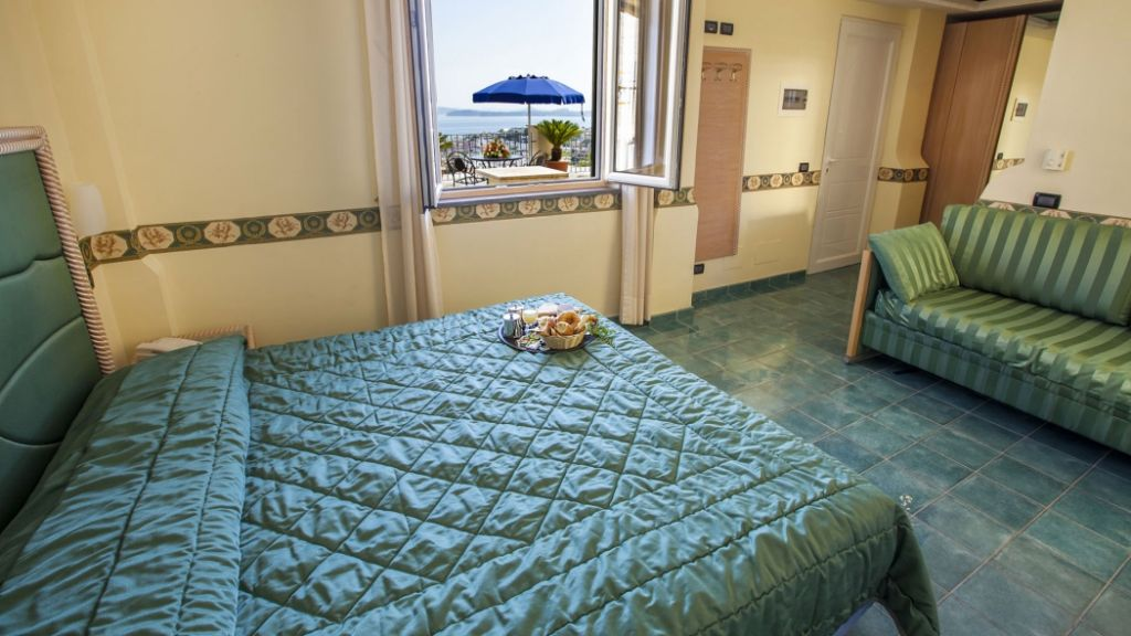 Camere Formula DimHotels Hotel 4 stelle Ischia - InfoIschia