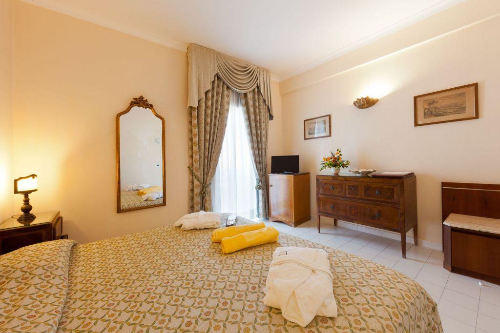 Camere Grand Hotel Terme di Augusto - Hotel 5 Stelle Ischia - Info Ischia