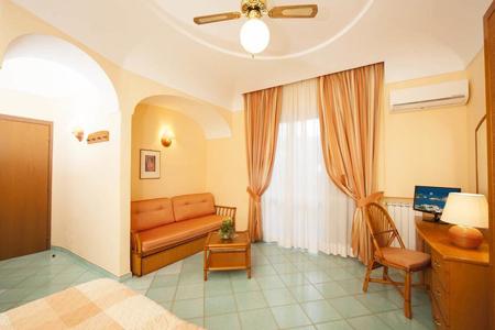 Camere Hotel Ambasciatori Ischia - Hotel 4 Stelle Ischia - InfoIschia