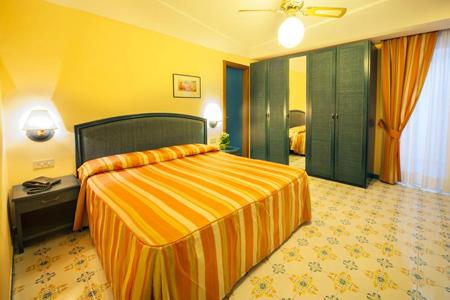 Camere Hotel Ambasciatori Ischia - Hotel 4 Stelle Ischia