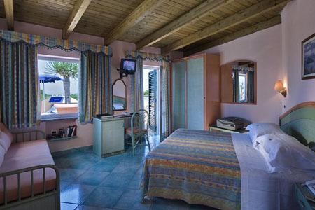 Camere Hotel Carlo Magno Ischia - Hotel 4 Stelle - Info Ischia
