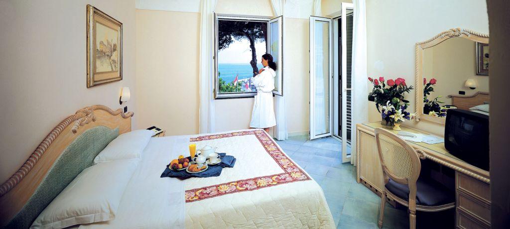 Camere Hotel Cristallo Palace De Charme Hotel 4 Stelle Ischia - Info Ischia