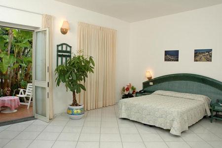 Camere Hotel Terme Colella Ischia - Hotel 3 Stelle Ischia - Info ischia