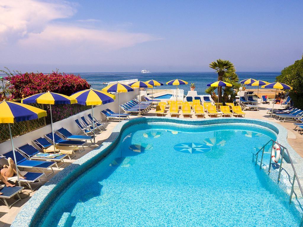 Hotel Ambasciatori - Hotel 4 Stelle Ischia - InfoIschia