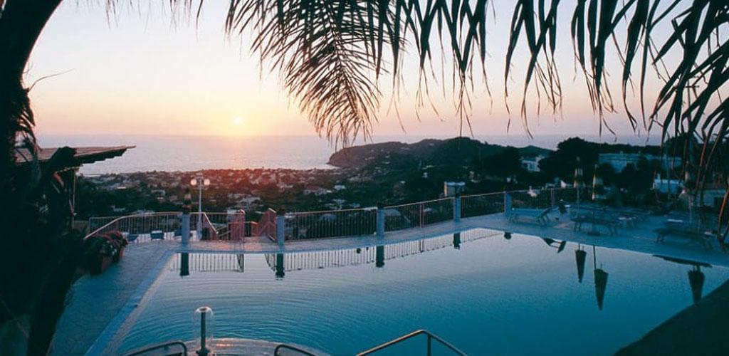Piscine Hotel Carlo Magno - Hotel 4 Stelle Ischia - Info Ischia