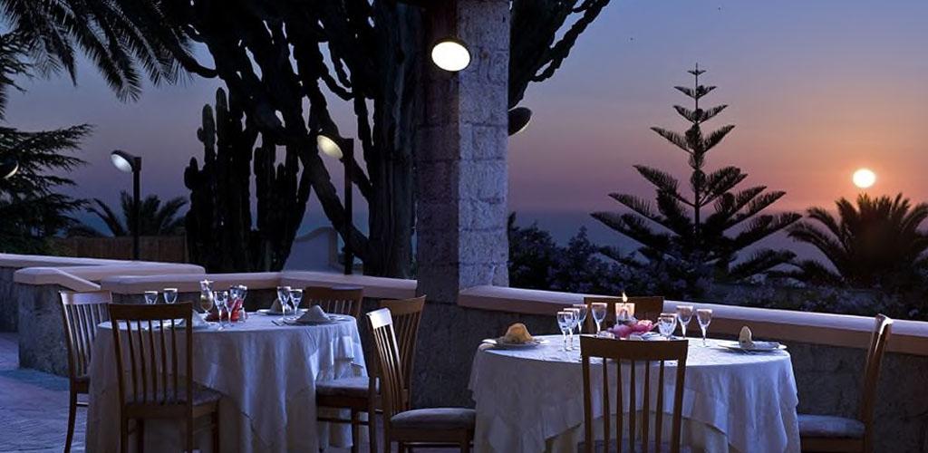 ristorante Hotel Carlo Magno - Hotel 4 Stelle Ischia - Info Ischia
