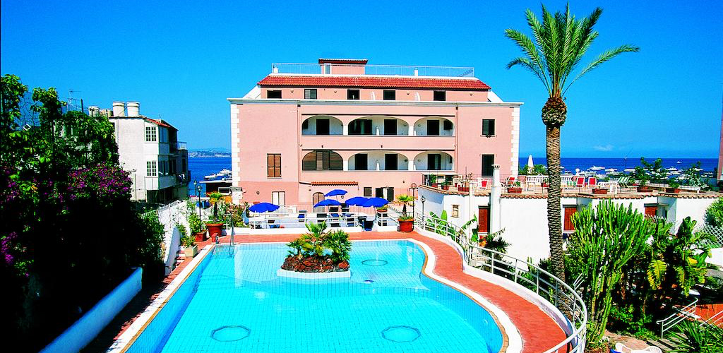 Piscina Hotel Mareblu Ischia - Hotel 5 Stelle Ischia - Info Ischia