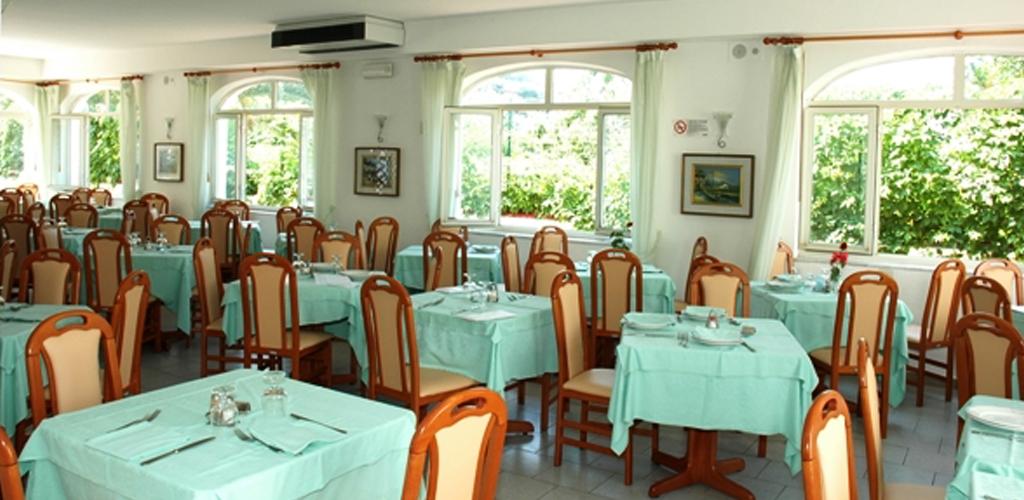 Ristorante Hotel Park Victoria Ischia - Hotel 3 Stelle Ischia - Info Ischia