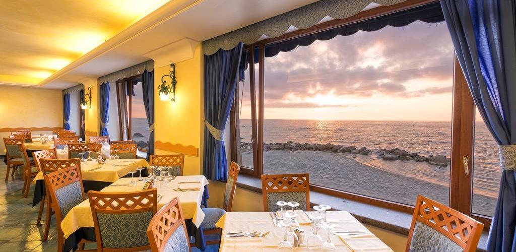Ristorante Hotel Terme Tritone Ischia - Hotel 4 Stelle Ischia - Info Ischia