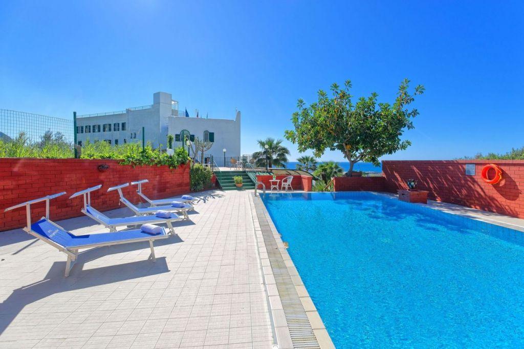 Hotel Punta Imperatore - Hotel 4 Stelle Ischia- Info Ischia