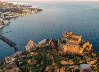 Castello Aragonese Il Maschio