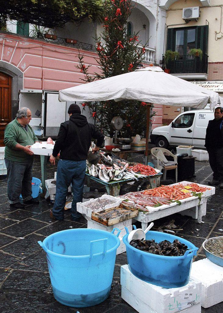 Mercato del pesce, Forio