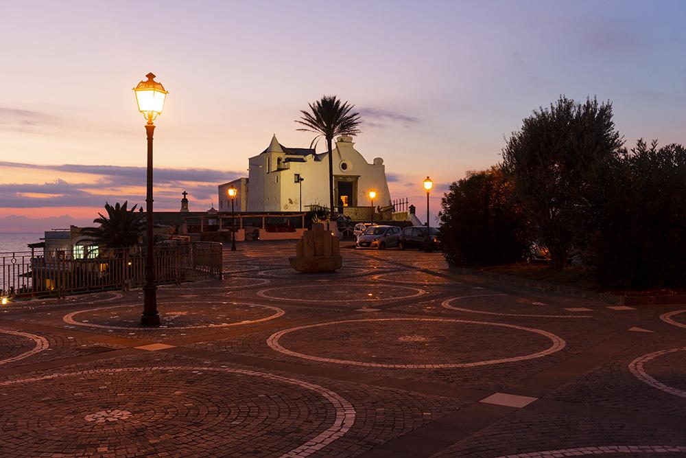 Forio d'Ischia - La chiesa del Soccorso