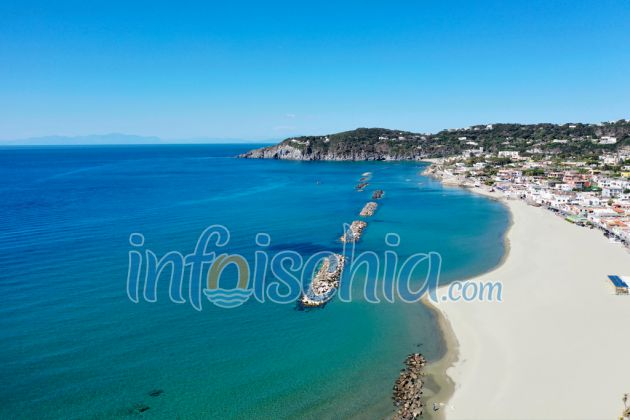Ischia Cosa Vedere, Spiaggia della Chiaia