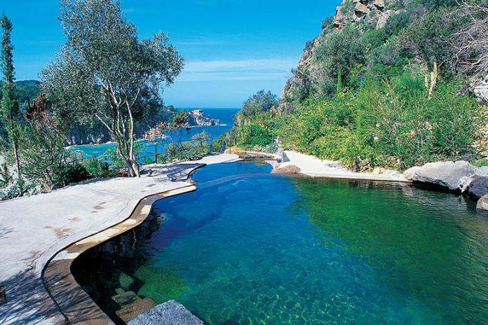 Si alle piscine termali Ischia